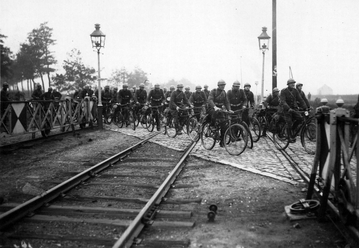 33939-cyclistes-fr-de-l-est.jpg