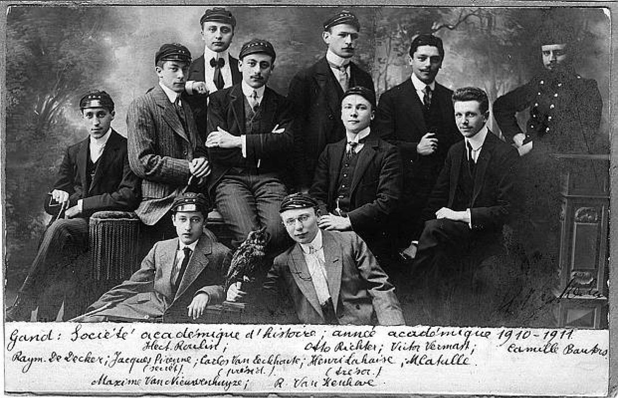 ghent_university_1910_-_studentenvereniging_sociAtA_acadAmique_d-histoire.jpg