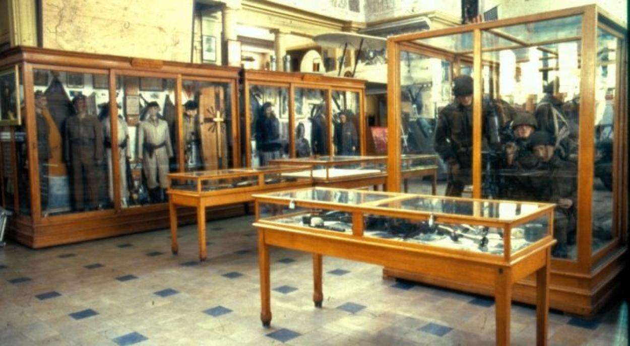 legermuseum_jaren-1950_2.jpg