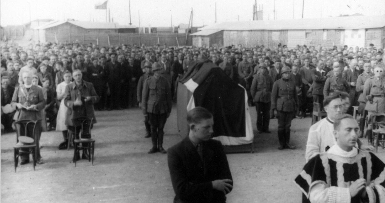 992-21-juillet-1940-camp-de-agde.jpg