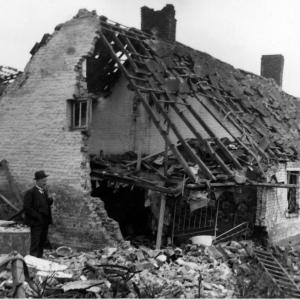 278-bombardement-mai-1940.jpg