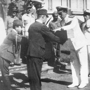 overgave-japanners-aan-de-engelsen-1945.jpg