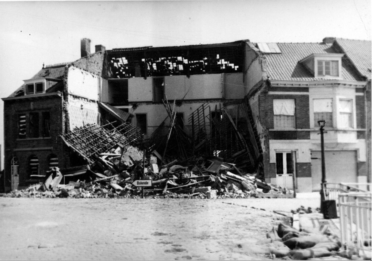 279-bombardement-mai-1940.jpg