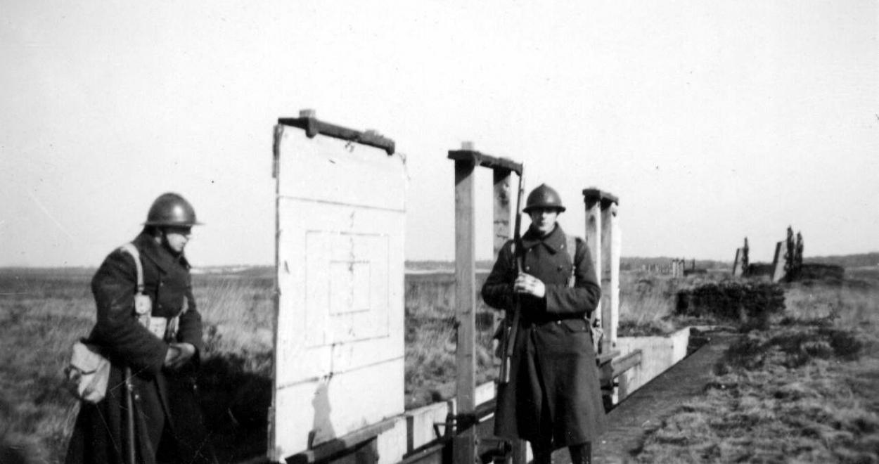74062-armAe-belge-1940.jpg