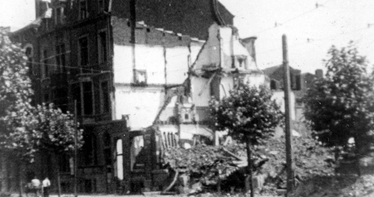 92928-liAge-automne-1944.jpg